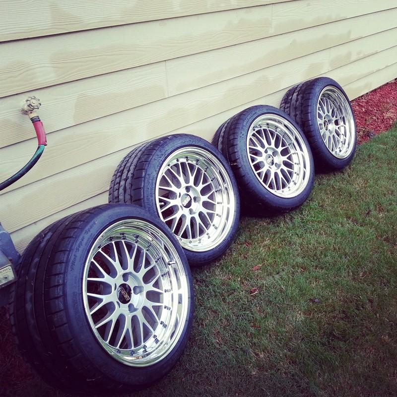 "18 Inch Tires >> Picture Request: Pilot Super Sports 265/35/18 on 10"" Rim ..."